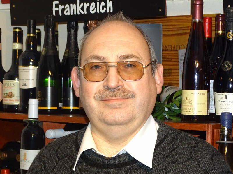 Ihr Weinberater Helmut Hammer